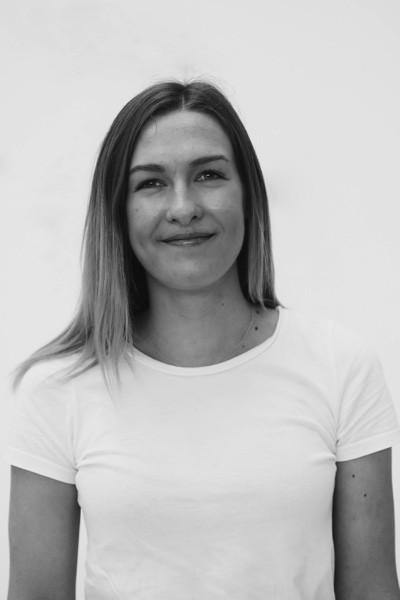 Portrait picture of Madelene Holten Larsen